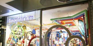La doble puerta para adultos y niños era la seña identificativa de la marca. FOTO: imaginarium.es